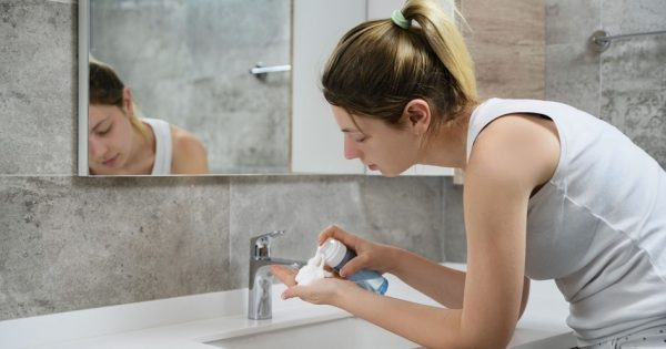 How To Pick the Right Face Wash for Your Skin Type